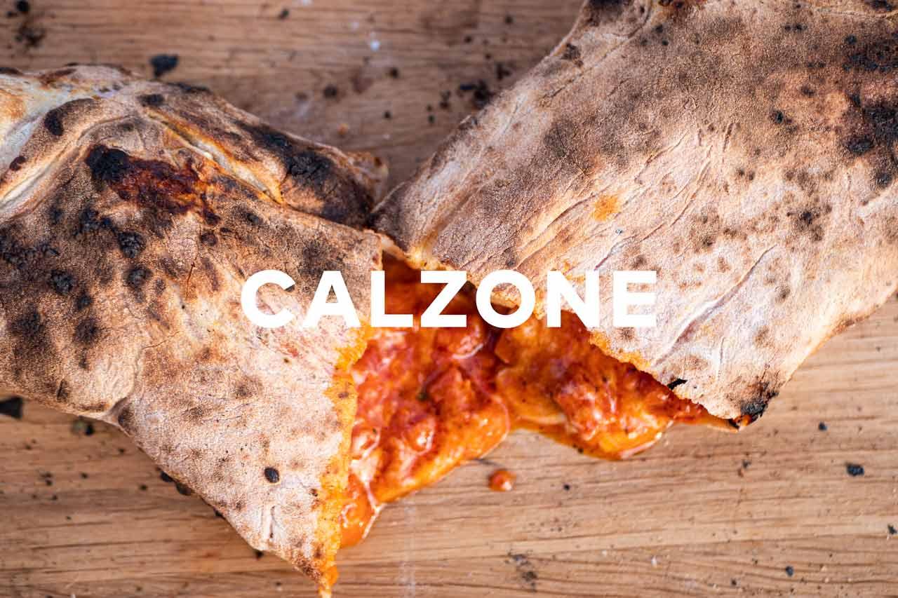 Autentisk calzone i vedfyrt pizzaovn
