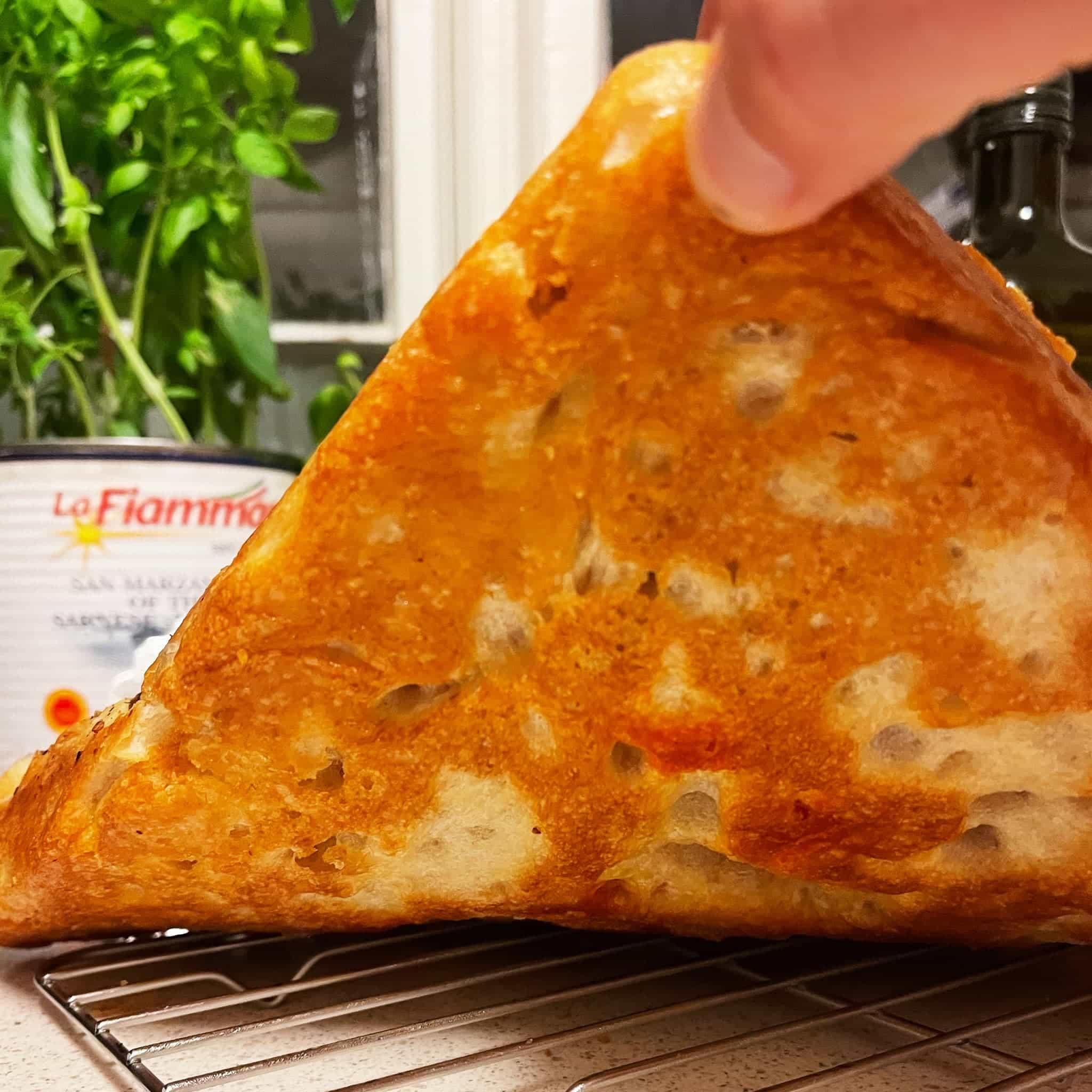 Pannepizza med krispy crispy bunn