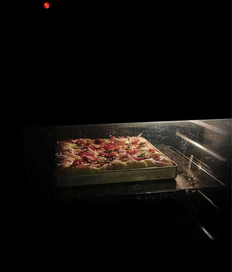 Pannepizza i vanlige stekeovn på pizzastål pro fra gruue